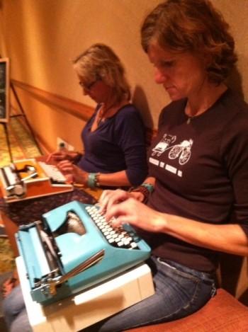 Maya Stein & Amy Williamson tandem typing at #DYLC13