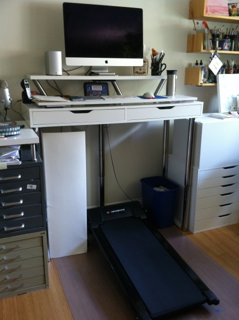 Tada! My Ikea hack treadmill desk!