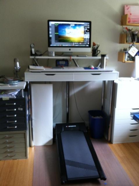 desk8-blurry-full